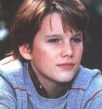 Un giovanissimo Ethan Hawke in una foto promozionale per Explorers