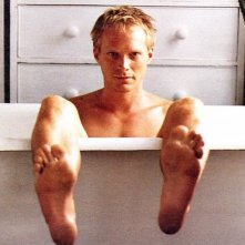 Paul Bettany in vasca da bagno