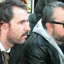 Guillermo Toledo e Alex de la Iglesia sul set di Crimen Perfecto