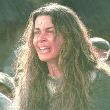 Sabrina Colle in una scena di E ridendo l'uccise