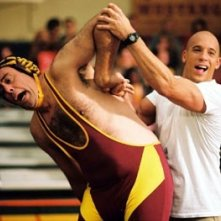 Vin Diesel e Brad Garrett in una scena di Missione Tata