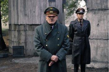 Il bravissimo Bruno Ganz è Adolf Hitler ne La caduta