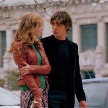 Riccardo Scamarcio e Gabriella Pession in una scena de L'uomo perfetto