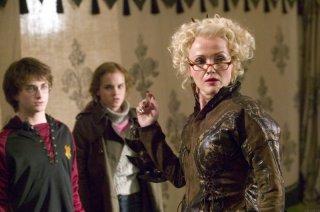 Daniel Radcliffe, Emma Watson e Miranda Richardson in una scena di Harry Potter e il calice di fuoco