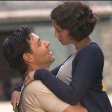 Russel Crowe e Renée Zellweger in una scena di Cinderella Man