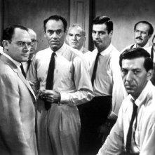Henry Fonda, Martin Balsam, Ed Begley, Lee J. Cobb, Jack Klugman, E.G. Marshall e Jack Warden ne La parola ai giurati