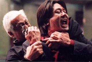 Choi Min-Sik in una sequenza violenta di Old Boy