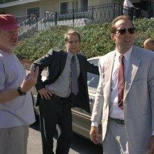 Ridley Scott, Sam Rockwell e Nicolas Cage sul set de Il genio della truffa