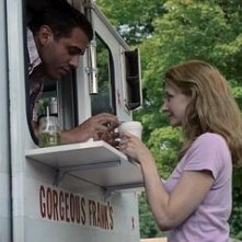 Bobby Cannavale e Patricia Clarkson in una scena di The Station Agent