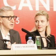 Woody Allen e Scarlett Johansson in conferenza a Cannes per Match Point