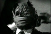 Claude Rains è L'uomo invisibile nel film da lui interpretato nel 1933