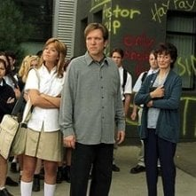 Elizabeth Thai, Mandy Moore and Martin Donovan in una scena di Saved!