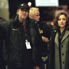 Wes Craven e Rachel McAdams sul set di Red Eye