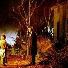 Barry Watson e Skye McCole Bartusiak in una scena di Boogeyman
