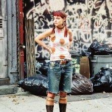 Katie Holmes in una immagine del film Schegge di April