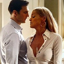 Sharon Stone - nei panni della sexy Catherine Tramell - insieme a David Morrissey in Basic Instinct 2: Risk Addiction