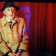 l'attore Carlo Delle Piane in una scena di Nessun messaggio in segreteria