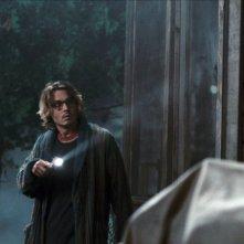 Johnny Depp in una scena di Secret Window, tratto da un romanzo di Stephen King