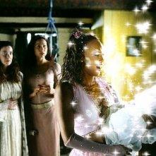 Donna Dent, Minnie Driver e Vivica A. Fox in una scena di Ella Enchanted