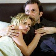 Isabella Ferrari in una scena del dramma Amatemi (2004)