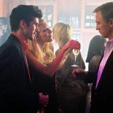 Ben Whishaw e Daniel Craig in una scena di The Pusher