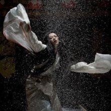 Zhang Ziyi in una scena di Memorie di una geisha