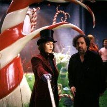 Johnny Depp e Tim Burton sul set de  La fabbrica di cioccolato