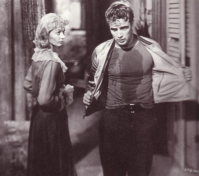 Marlon Brando E Janeth Leigh In Una Scena Di Un Tram Che Si Chiama Desiderio 15517