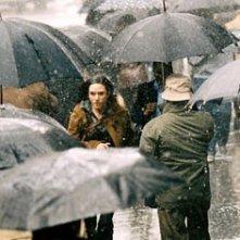 Acqua scrosciante per Jennifer Connelly in una scena di Dark Water