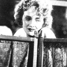 Marlene Dietrich è la soubrette Lola-Lola ne L'angelo azzurro