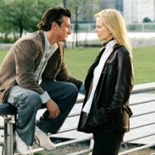 Nicole Kidman e Sean Penn in una scena di The Interpreter (2005)