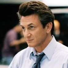Sean Penn in una scena di The Interpreter