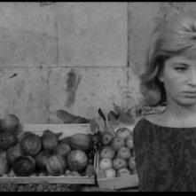 Monica Vitti in una scena de L'ECLISSE