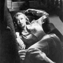 Angela (Marilyn Monroe)