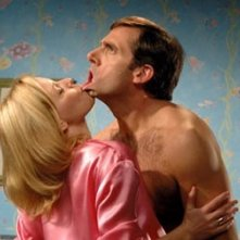 Elizabeth Banks e Steve Carell in The 40 Year-Old Virgin