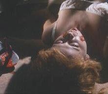 Ariana Gorini in una scena di Sei donne per l'assassino