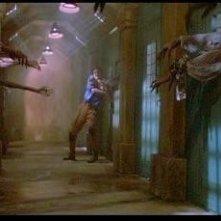 Bill Pullman in una scena de IL SERPENTE E L'ARCOBALENO