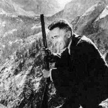Humphrey Bogart in una scena di UNA PALLOTTOLA PER ROY