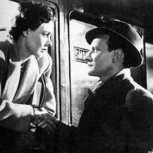 Celia Johnson e Trevor Howard in una scena di BREVE INCONTRO