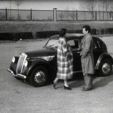 Lucia Bosé e Massimo Girotti in una scena di CRONACA DI UN AMORE