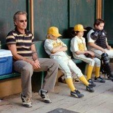 Billy Bob Thornton e la sua squadra in The Bad News Bears