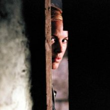 Maria Bello in una sequenza dell'horror The Dark