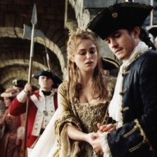 Bloom e Knightley in Pirates of the Caribbean: Dead Man's Chest