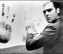 Gian Maria Volontè in una sequenza di Indagine su un cittadino al di sopra di ogni sospetto