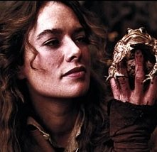 Lena Headey in  una scena de I fratelli Grimm