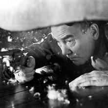 Albert Finney in una sequenza di Crocevia della morte