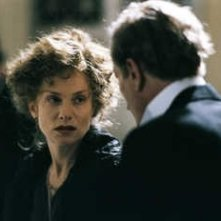 Isabelle Huppert in una scena di Gabrielle, del 2005