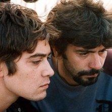 Sul set di Tre metri sopra il cielo: Riccardo Scamarcio e Luca Lucini