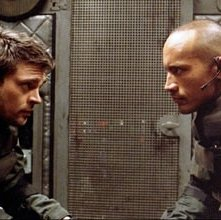 The Rock e Karl Urban in Doom