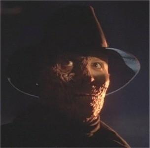 Liam Neeson in una scena di DARKMAN